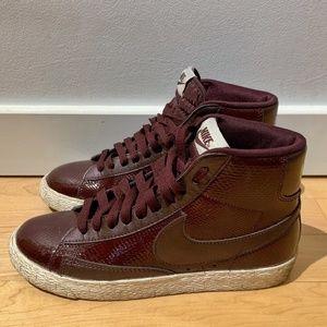 🆕 Nike Blazer Mid